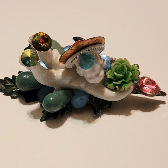 Wendy Gell Clip Angel Green Leaf and Rose Shell